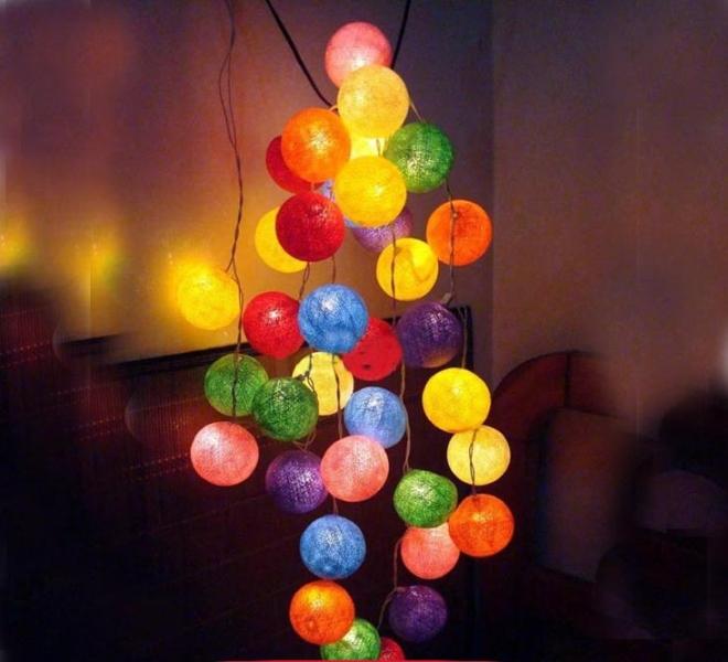 Φωτιζόμενες χρωματιστές μπαλίτσες μπαταρίας