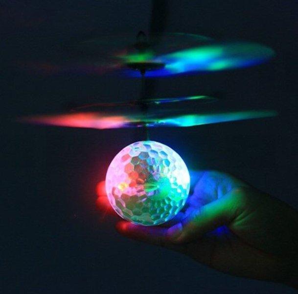 Πολύχρωμη Φωτιζόμενη Ιπτάμενη Μπάλα - Ελικοπτεράκι - Flying Ball OEM 3265