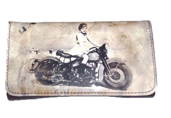 Θήκη Καπνού Lady On A Motor